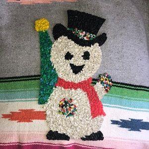 Vintage popcorn snowman